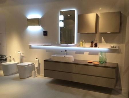 lampadari da interni : Illuminazione in bagno: come scegliere quella giusta