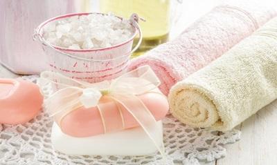 Arreda il tuo bagno il stile shabby chic for Idee arredamento shabby chic