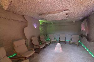 Interno stanza sauna del sale